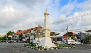 things to do in yogyakarta places of interest tugu yogyakarta