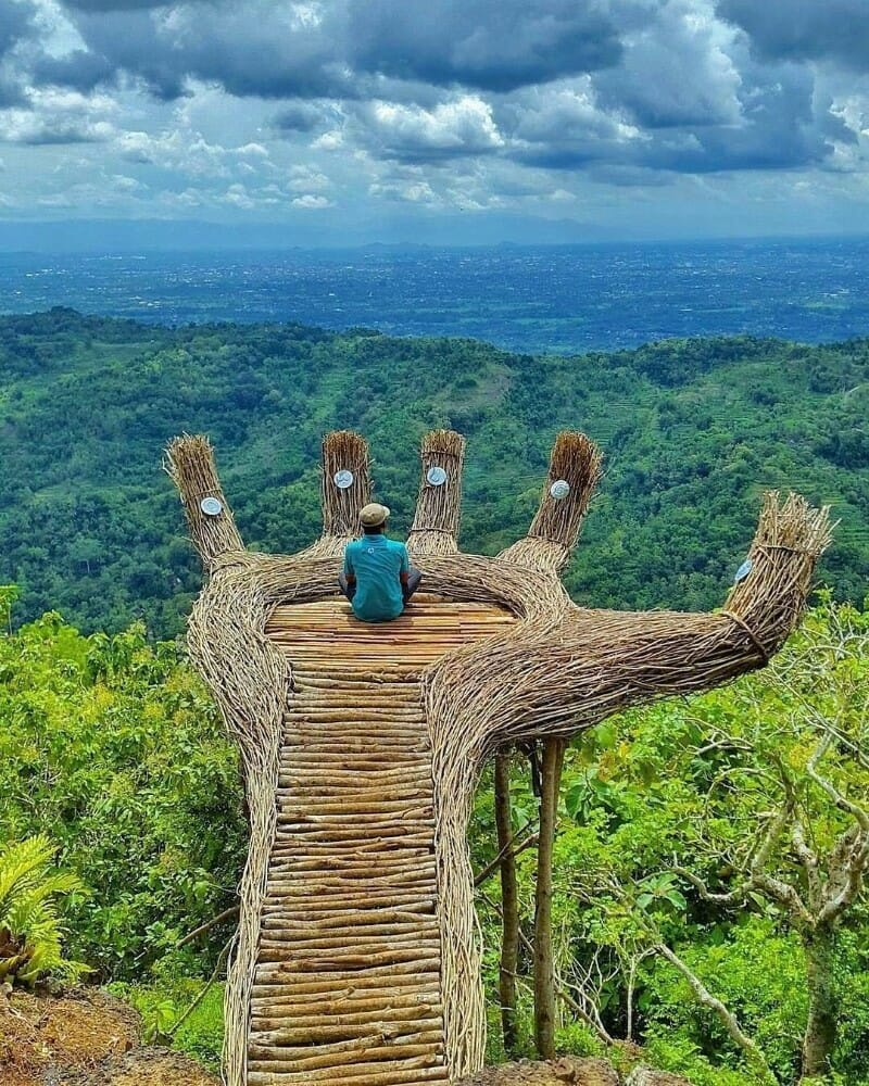 Jogja itinerary and price setumbu hill sunrise, pine forest, sand dune pinus pengger
