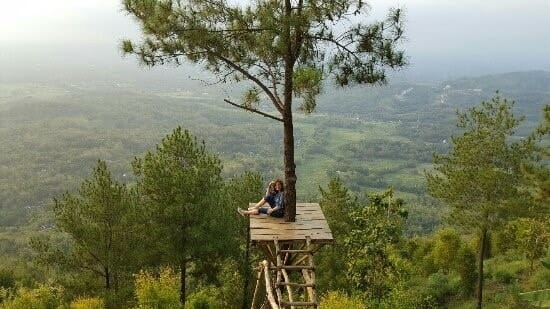 Top 11 natural attractions in Yogyakarta 6. Stand amidst the clouds at Becici Peak-min