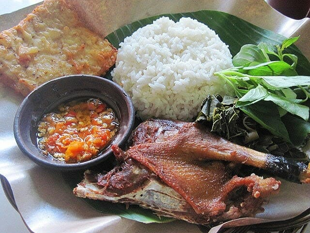 Top 9 Indonesian cuisines in Yogyakarta - 7. Fried Duck @ Bebek Goreng Haji Slamet-min